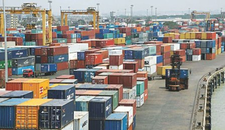 3,000 old containers awaiting for auction at Ctg port