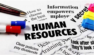 What does the HR Manager do in a Garment Factory
