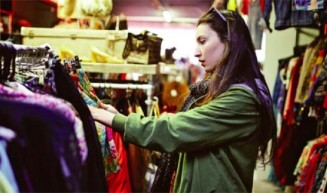 Secondhand clothes become fashionable in US market