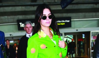 Kendall Jenner Nails Airport Style With the Most Luxurious Carry-On